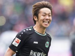 So wollen ihn die 96-Fans bald wieder sehen: Hannovers Hiroshi Kiyotake beim Jubel.