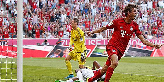 Jubelnder Jubilar: Thomas M�ller freut sich �ber sein soeben erzieltes 1:0.