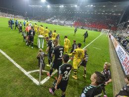 St. Pauli testet gegen BVB vor �ber 20.000 Zuschauern