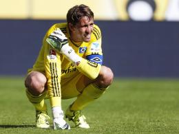 """""""René ist sehr fraglich"""": HSV-Torhüter Adler wird nach seiner Schulterprellung wohl nicht rechtzeitig fit."""