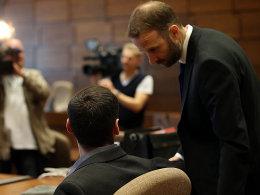 Angeklager mit Verteidiger Tobias Nikolas Westkamp