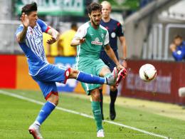 Die lange Leidenszeit ist vorüber: Bremens Linksverteidiger Santiago Garcia (re.) feierte eine erfolgreiche Rückkehr.
