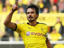 Hebt nach dem Bundesliga-Startrekord mahnend den Finger: Dortmunds Kapitän Mats Hummels.