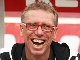 Hatte im Derby gegen Gladbach gut Lachen: Kölns Trainer Peter Stöger.