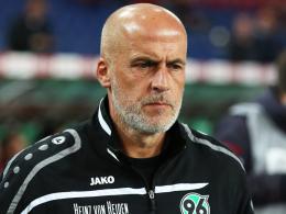 Fühlt seine Loyalität missverstanden: Hannovers Trainer Michael Frontzeck.