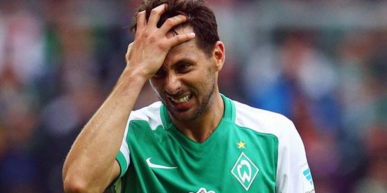 Es l�uft nicht rund im Angriff von Werder: Das gilt auch f�r Claudio Pizarro.