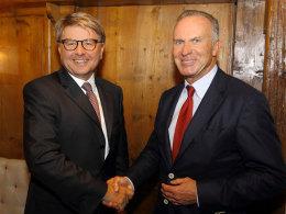 Besiegelten die Partnerschaft: Dr. Theodor Weimer (Vorstandssprecher HypoVereinsbank) und Karl-Heinz Rummenigge