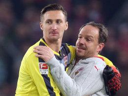 VfB-Keeper Przemyslaw Tyton und Trainer Alexander Zorniger
