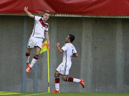 Auf dem Sprung ins Profigeschäft? Werder-Talent Johannes Eggestein (l.) sorgt bei der U-17-WM für Furore.