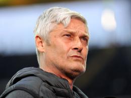Nimmt einige Änderungen vor: Frankfurts Coach Armin Veh.