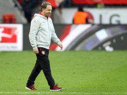Mit leeren Händen: Alexander Zorniger und der VfB hatten beim Torfestival in Leverkusen das Nachsehen.