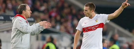 Alexander Zorniger und VfB-Verteidiger Toni Sunjic in Leverkusen