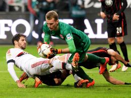 Alles im Griff: Eintracht Frankfurts Torhüter Lukas Hradecky hielt gegen die Bayern seinen Kasten sauber.