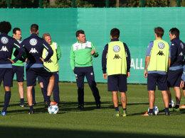 Dieter Hecking auf dem Trainingsplatz