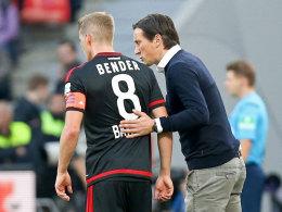 Rückkehr ungewiss: Bayer-Coach Roger Schmidt muss weiter auf seinen Kapitän Lars Bender verzichten.