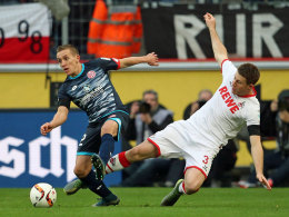 Giftig und durchschlagskräftig: Mainz' Pablo De Blasis (li.) behauptet sich gegen Kölns Dominique Heintz.