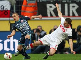 Kompromisslos: Kölns Dominic Heintz gegen den Mainzer De Blasis.