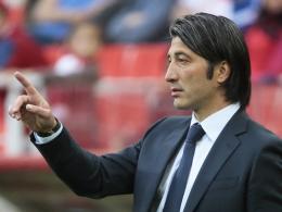 Dritter Anlauf in der Bundesliga? Murat Yakin spielte für den VfB und Kaiserslautern, wird nun als Coach in Stuttgart gehandelt.