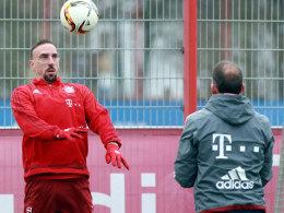 Bayern ohne sechs Stars - doch Ribery f�hrt mit!