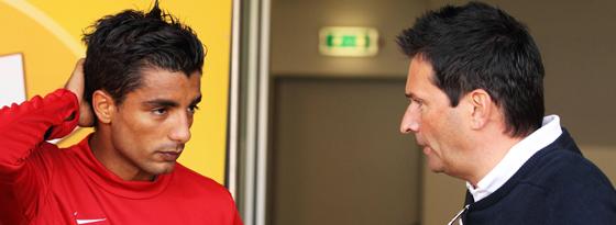 Sami Allagui mit Mainz-Manager Christian Heidel 2012.