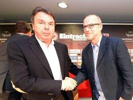 Eintracht-Vorstand Heribert Bruchhagen und Thomas Schaaf