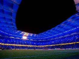 Früher Einlass: Das Volksparkstadion in Hamburg öffnet 30 Minuten eher.