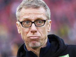 Hat die Konkurrenz vor dem Rückrundenauftakt ausgesperrt: Kölns Trainer Peter Stöger.