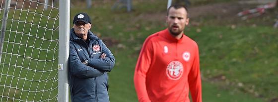 Wie geht es zwischen Armin Veh (li.) und Haris Seferovic weiter?