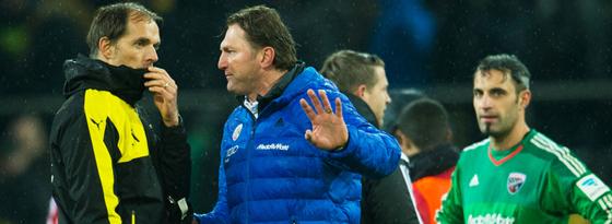 Diskussionen nach dem Schlusspfiff: Dortmunds Trainer Thomas Tuchel (li.) mit FCI-Coach Ralph Hasenhüttl.