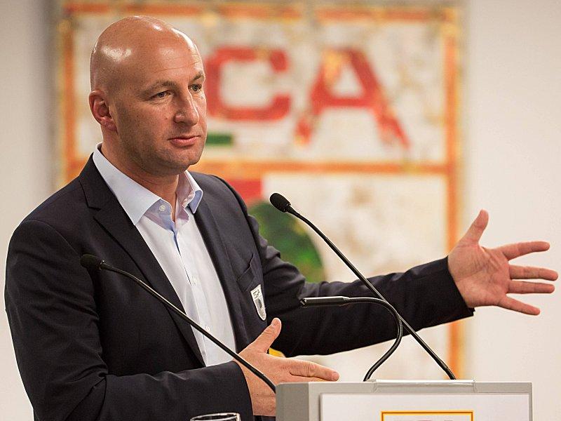 Klaus Hofmann fca hofmann befürchtet das ende 50 1 bundesliga kicker