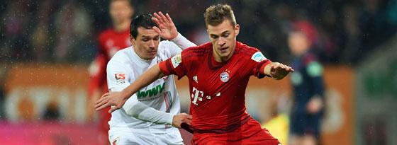 Hatte in der Viererkette wieder alles im Griff: Bayerns Joshua Kimmich (r., mit Piotr Trochowski).