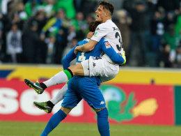 Sprang Landsmann Yann Sommer freudestrahlend in die Arme: Gladbachs Granit Xhaka beim Derbysieg.