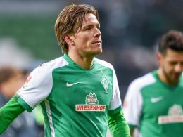 Mit ihm bräche die Konstante im Mittelfeld weg: Werder Bremens Kapitän Clemens Fritz ist am Sprunggelenk verletzt.