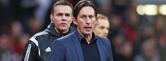 Kein einfacher Sonntag: Leverkusens Trainer Roger Schmidt.