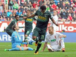 Führungstor: Gladbachs Raffael jubelt über das 1:0 in Augsburg.