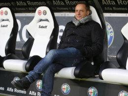 Ist bei der Eintracht ein Platz für ihn frei? Manager Horst Heldt sucht ab Sommer eine neue Aufgabe.