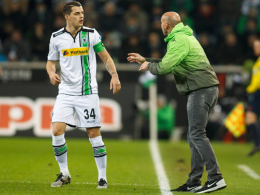 Fahren gut vorbereitet nach Wolfsburg: Granit Xhaka und Andre Schubert von Borussia Mönchengladbach.