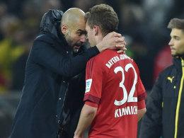 Pep Guardiola mit Joshua Kimmich nach dem Schlusspfiff in Dortmund