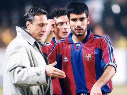Pep Guardiola als Barca-Spieler mit Trainer Johan Cruyff