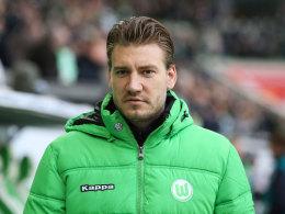Wolfsburg stellt Bendtner frei