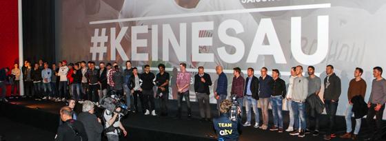 #keinesau: Augsburgs Spieler bei der Film-Preview.