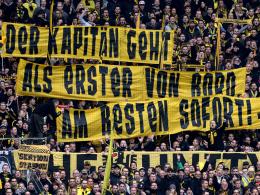 Pfiffe f�r Hummels - Bayern korrigieren Hoene�-Aussage