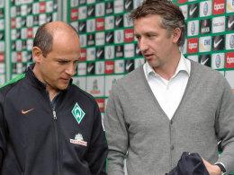 Frank Baumann und Werder-Trainer Viktor Skripnik.