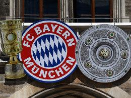 FC Bayern testet und spendet