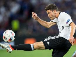 Schmadtke: Kein Barça-Angebot für Hector