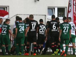 Leverkusen muss Testspiel abbrechen