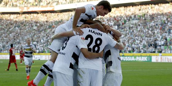 Gladbach jubelt �ber das 2:1 gegen Leverkusen.