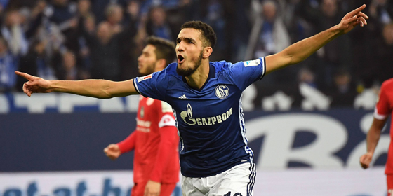 Torjubel: Schalkes Nabil Bentaleb feiert das 1:0.