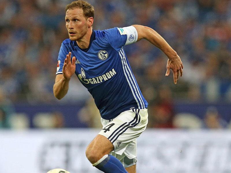 Bild: Umbro neuer Ausrüster für Schalke