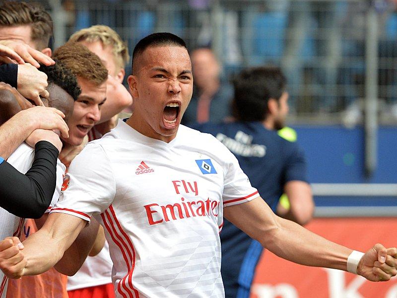 HSV verlängert mit Stürmer Wood